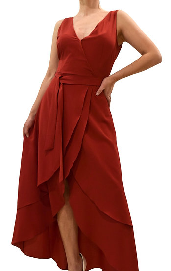 Vestido Vino Falda Capas
