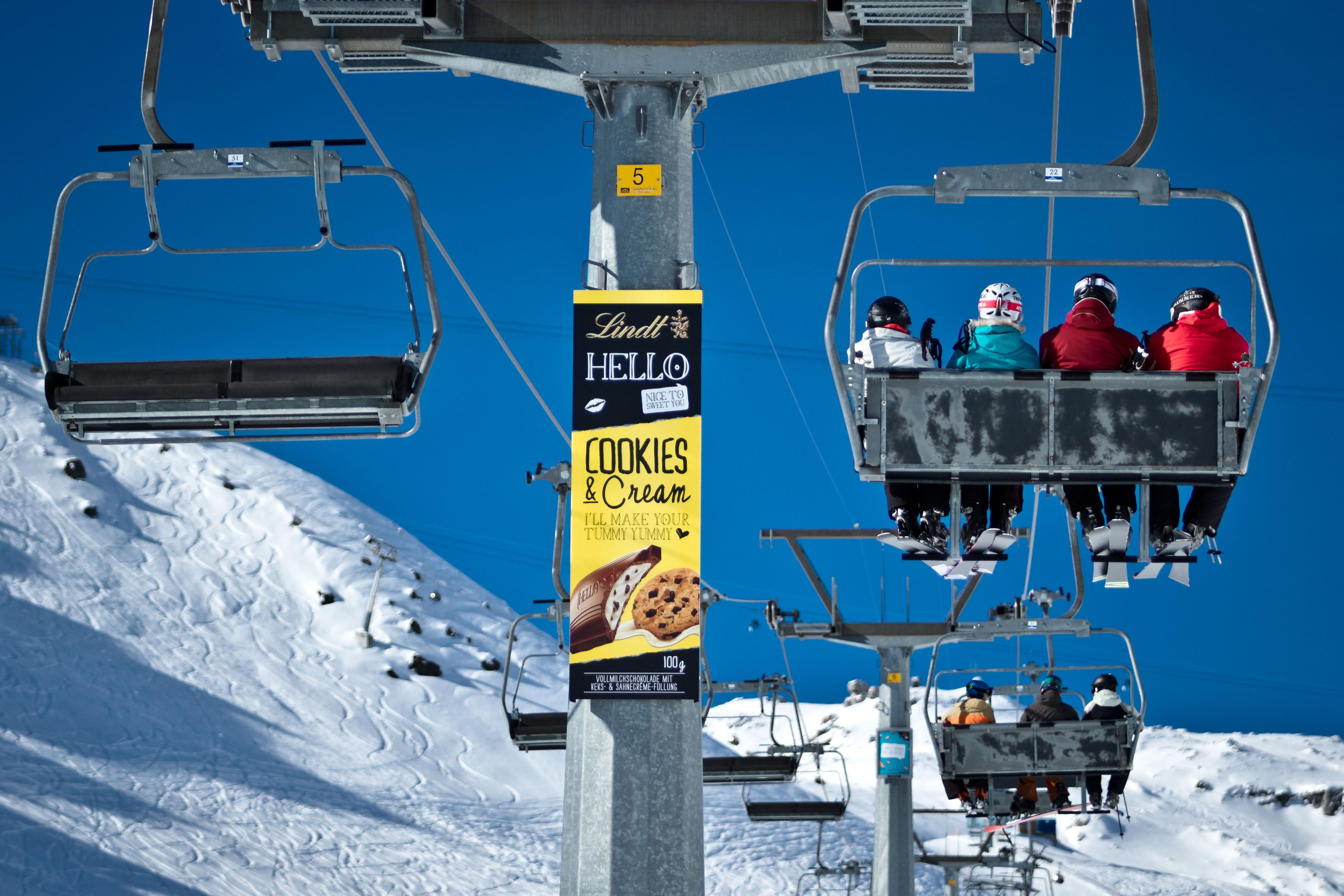 Lift pylone posters