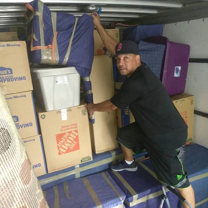 Tampa Best Movers Loading Truck