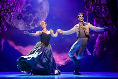 Patti Murin (Anna) and John Riddle (Hans