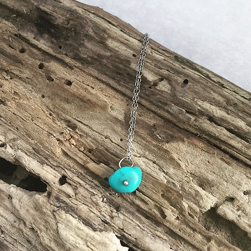 Frida Ruby Turquoise bead on chain