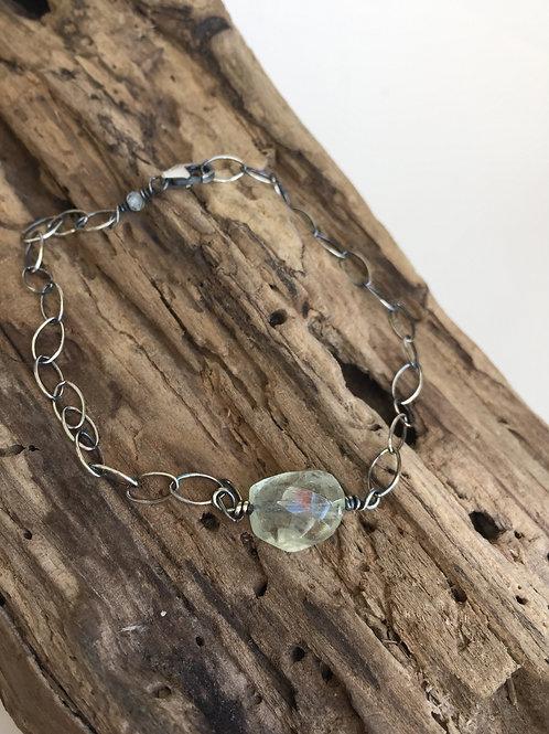 Aqumarine bead bracelet
