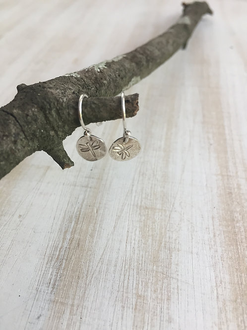 FridaRuby Stamped Dragonfly earrings