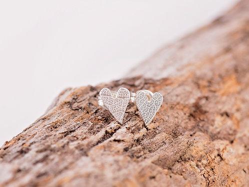 Tiny Leaf Texture Heart earrings