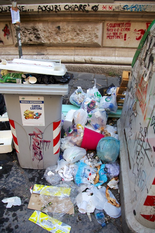 Degrado Napoli_IMG_1638-044.jpg