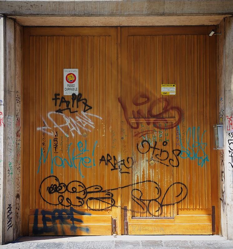 Degrado Napoli_IMG_1621-038.jpg