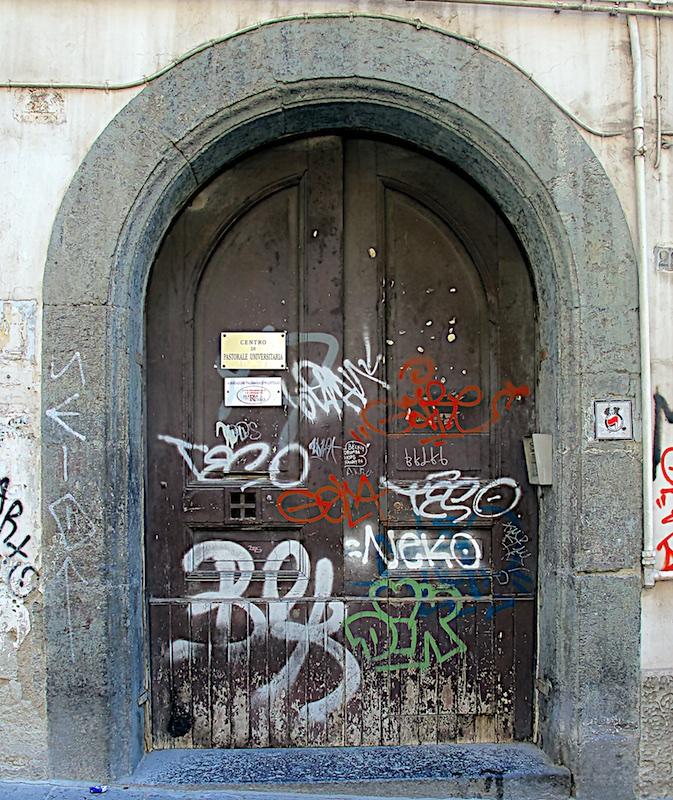 Degrado Napoli_IMG_1604-029.jpg