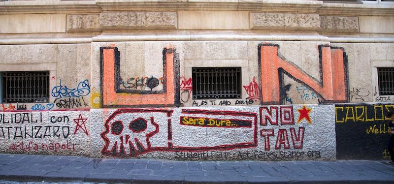 Degrado Napoli_IMG_1676-056.jpg