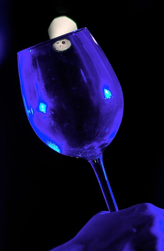 Luciano _Presa della bottiglia_432-IMG_1453-774.jpg