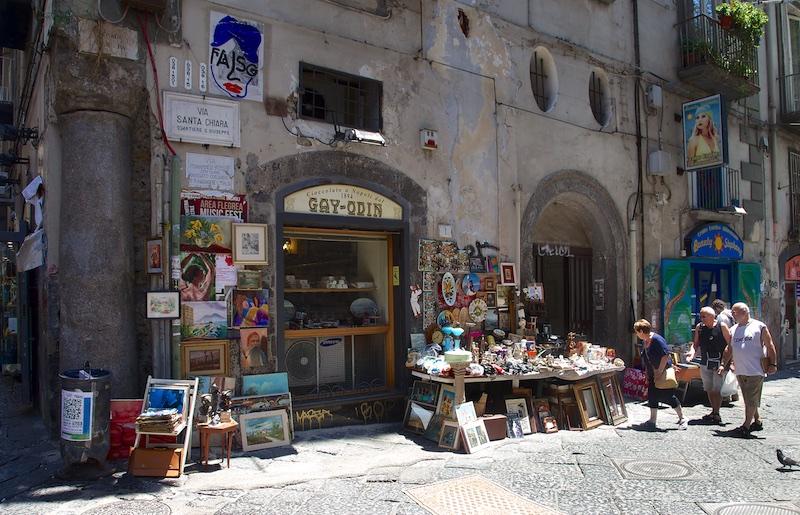 Degrado Napoli_IMG_1942-147.jpg
