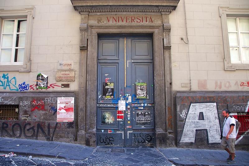 Degrado Napoli_IMG_1685-059.jpg