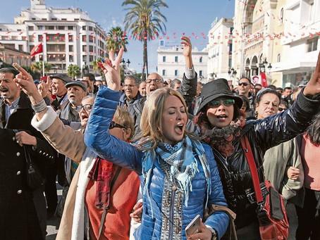 Traditional authorities break away