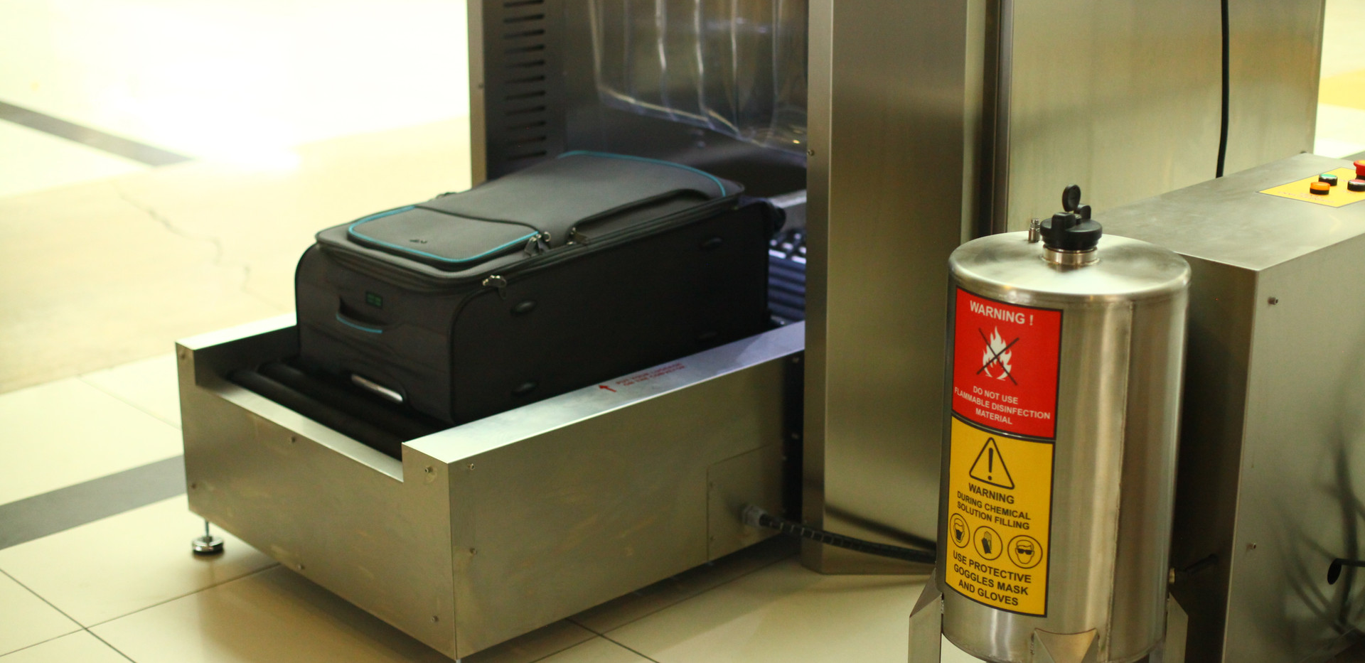 Luggage Disinfection System With Aspirat