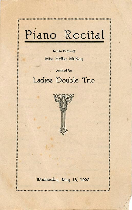 Piano Recital 1925.jpg