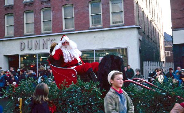 Santa 1966.jpg