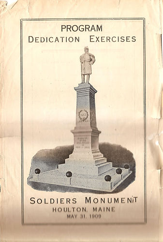 Soldiers Monument 1909 A.jpg