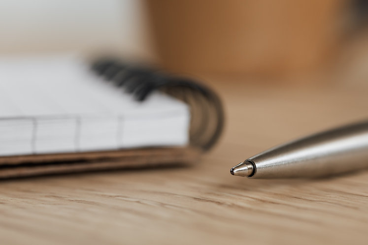 Notebook and pen pexels-karolina-grabowska-4195330.jpg