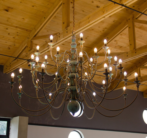 CONFERENCE ROOM 3 TIER 32 ARM CHANDELIER