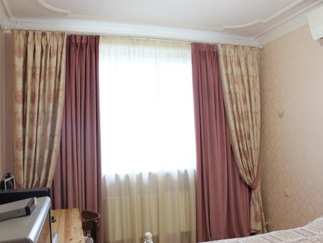 Двойные шторы в спальню