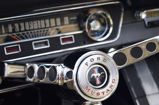 1965-ford-mustang-dash.jpg