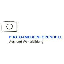 Logo vom Photo+Medienforum Kiel e.V. Fotorafenmeister werden in Kiel. Photo+Medienforum Kiel