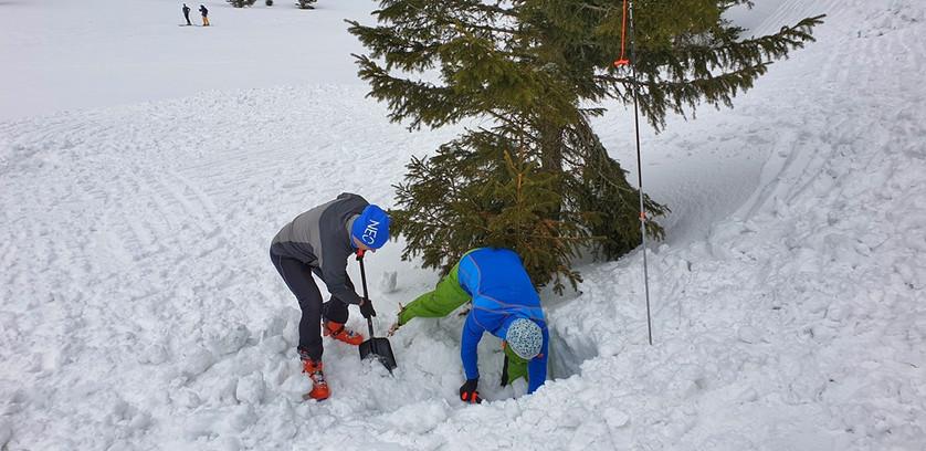 Tatra Camp - ćwiczenia lawinowe