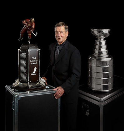 Ted Lindsay with Trophy