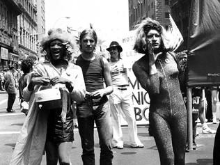 1969 • LES ÉMEUTES DE STONEWALL
