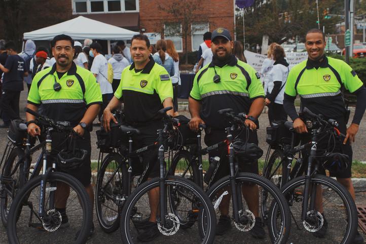 Police w BLR Front in Background.JPG