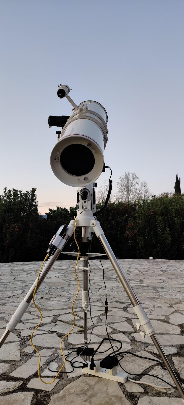 Bresser Newtonian - NT203/1000 with EXOS-2 Goto Mount