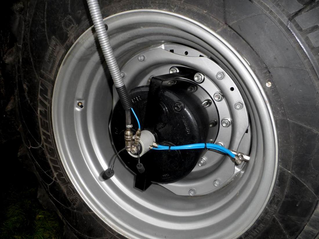 AIRBOX/drive auf Traktor
