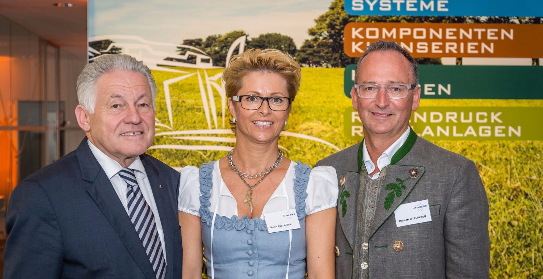 News_Header_Verleihung_Landeshauptmann_edited