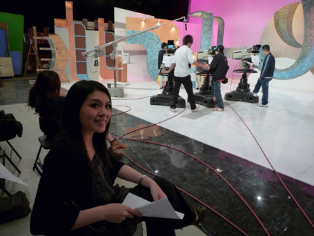 Miss Lau has finished a programme recording in TVB City.  <接受TVB電視訪問>