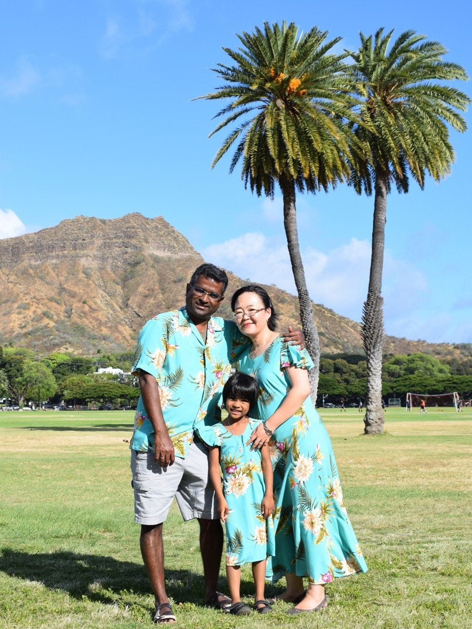 Family photo shoot in Hawaii