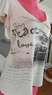 T-shirt ''Captive''