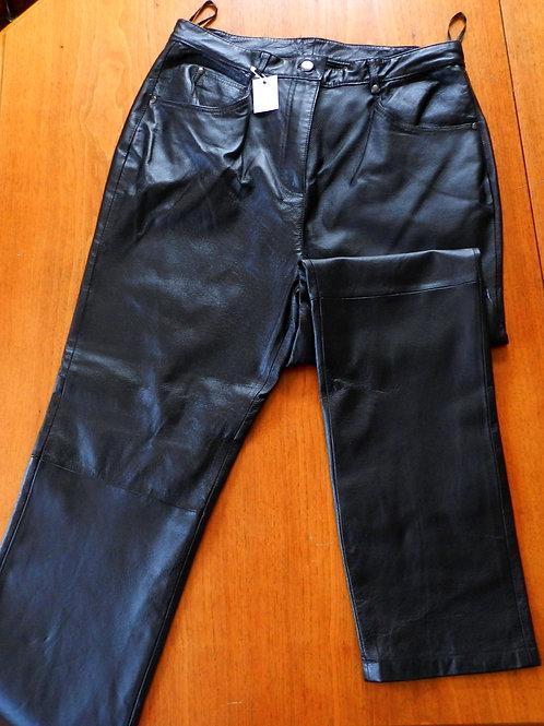 Pantalon 100% cuir ''Juste pour moi''