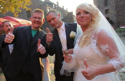 Idee-Hochzeit-Empfang-draussen-Dibowski