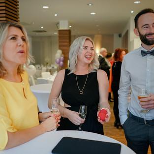 Hochzeit-Jörg-Tatjana-Zauberer-Unterhaltung-Gäste
