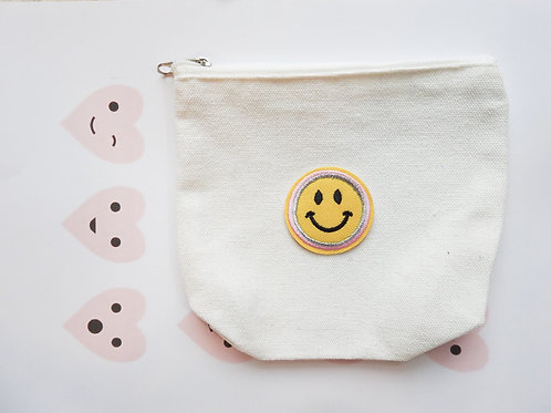 Simple Smiley Pouch