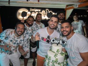 Banda Forró Pra Curtir comemora aniversário a bordo de Catamarã