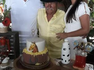 Elson e Riso Calazans celebram 80 anos do sr. José Rodrigues e batismo de José Rodrigues Neto