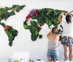 instalacion_artistica_jardin_vertical_mapa_flores_michelle_vasconcelos