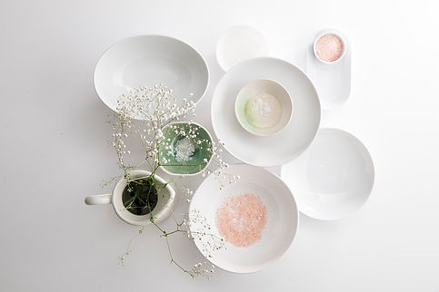 object_styling_ceramic_plates