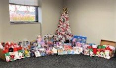 OhioBev Members Deliver Christmas Cheer