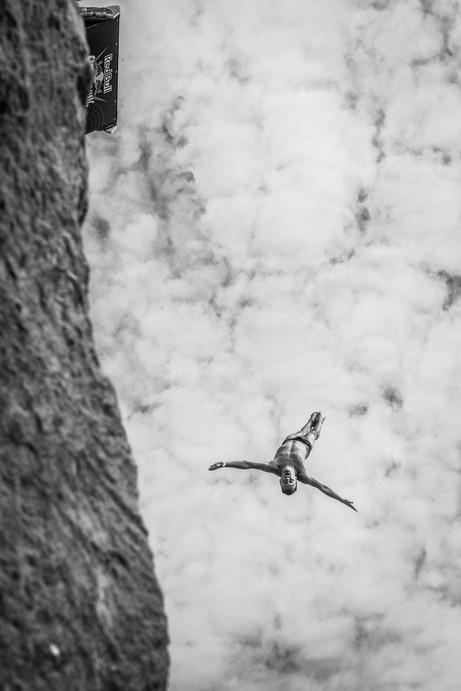 Shirahama Cliff Diving