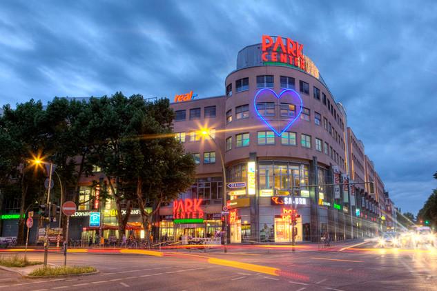Metro Group - Shopping Malls