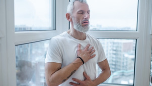 Dirgha Pranayama: Steps and Benefits of the Three-Part Breath in Yoga