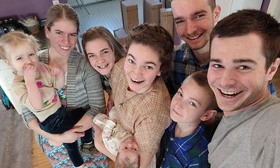 L kids selfie.jpg