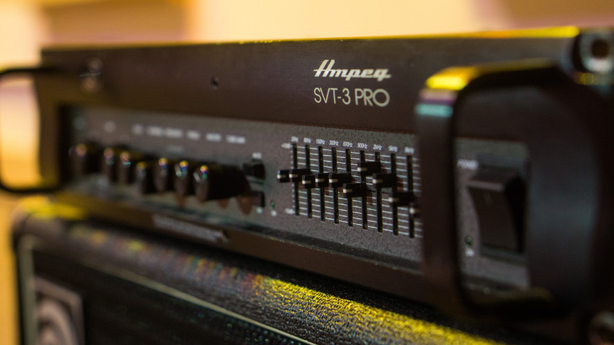 Ampeg SVT-3 Pro Bass Amp