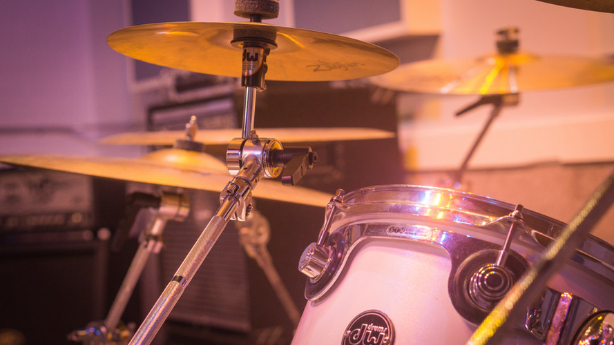 All drum kits fully equipped with cymbals...just bring the sticks